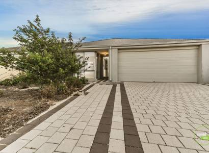 DON'T MISS OUT ON THIS 2014 BUILT HOME IN A FANTASTIC LOCATION
